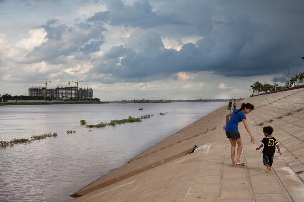 Tonle Sap, Phnom Penh, Cambodia 1